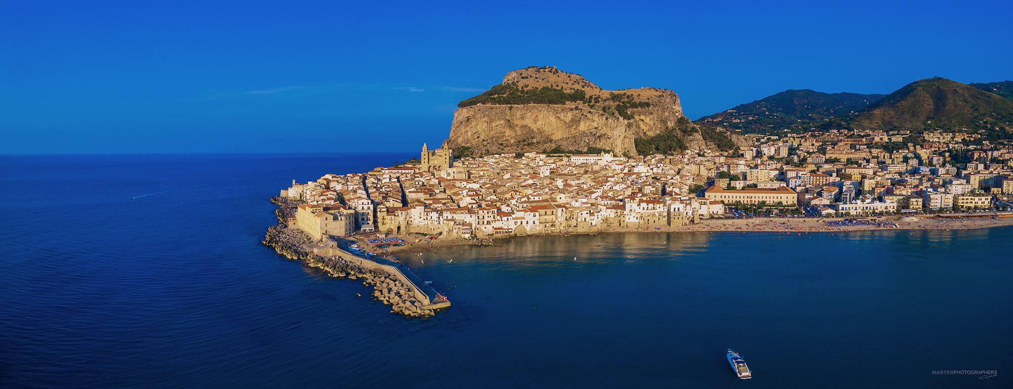 Cefalù is an amazing town on the water